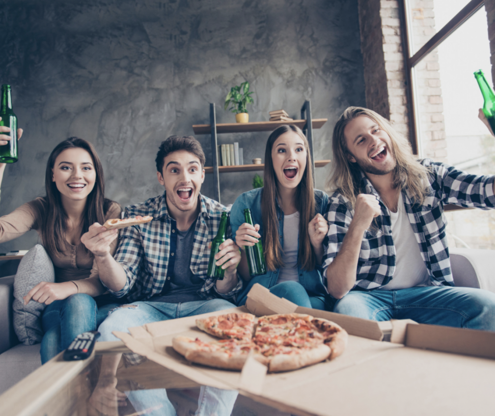 TOP 9 Perks of Living Off-Campus